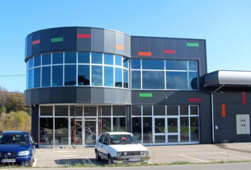BH PLAY Kiseljak - oblaganje dva objekta